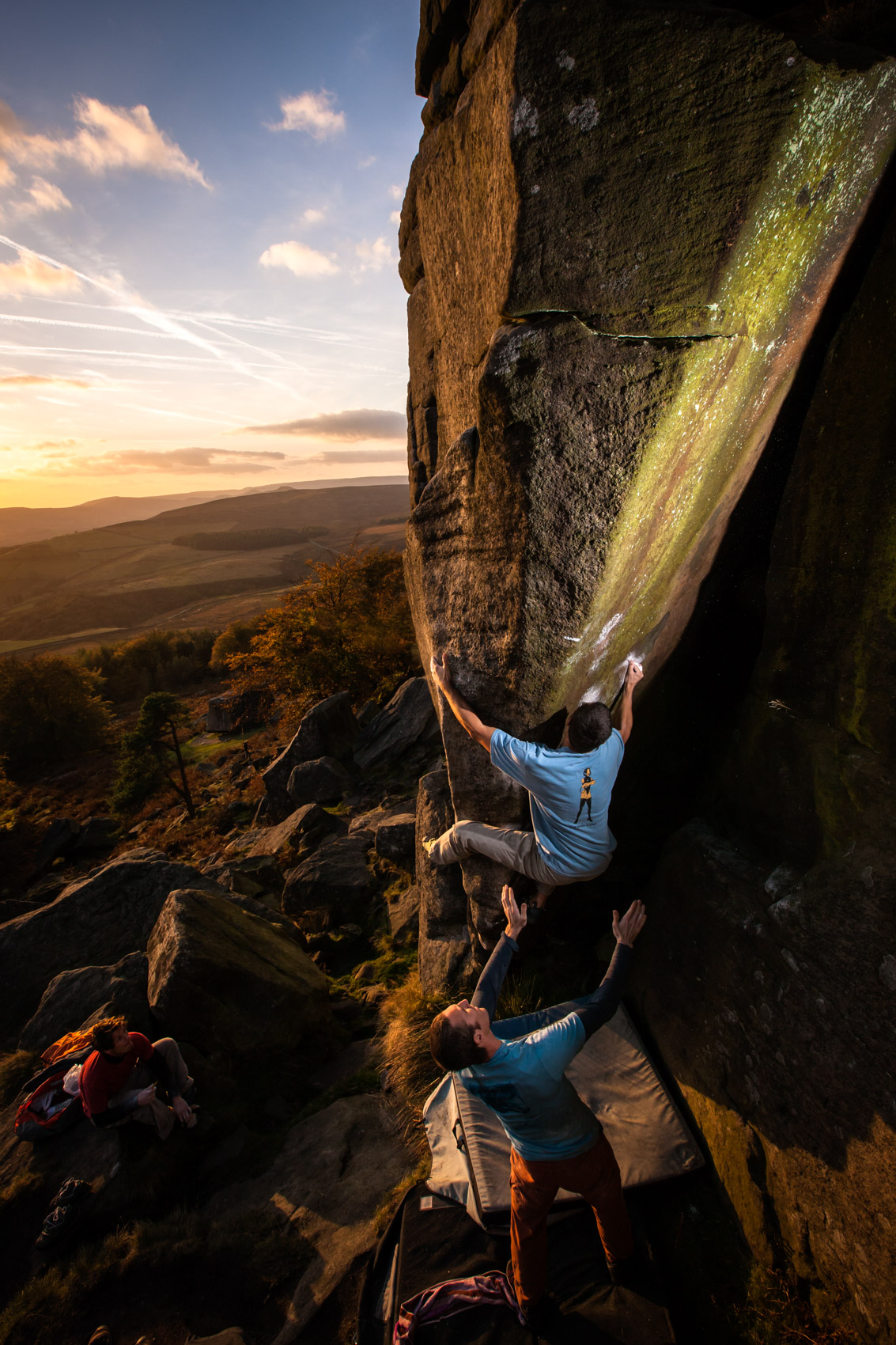 Bouldering at Stanage | Stefan Kuerzi - Climbing Photography