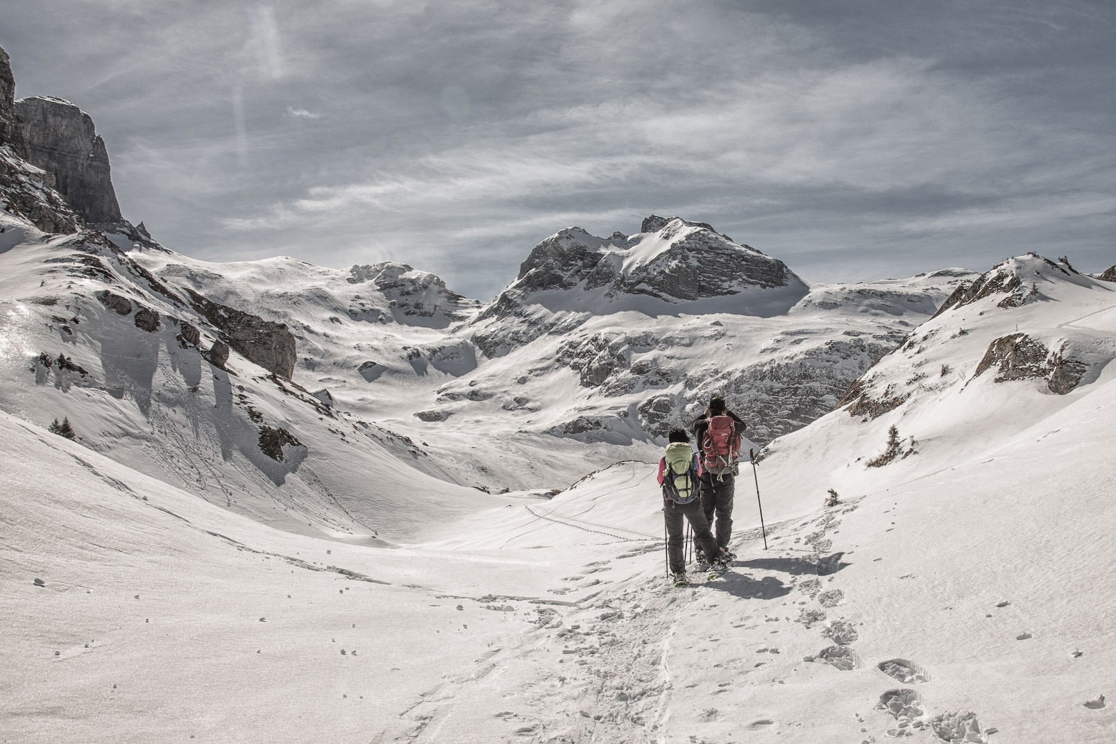 Snowshoeing | Stefan Kuerzi - Adventure Photography