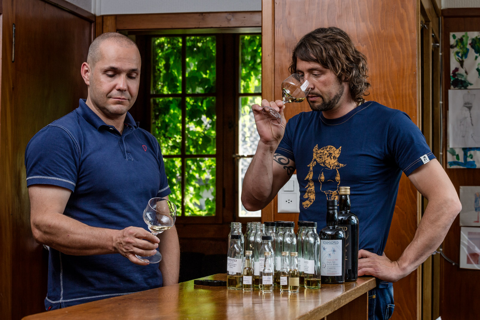 Whisky tasting | Stefan Kuerzi Adventure Photography