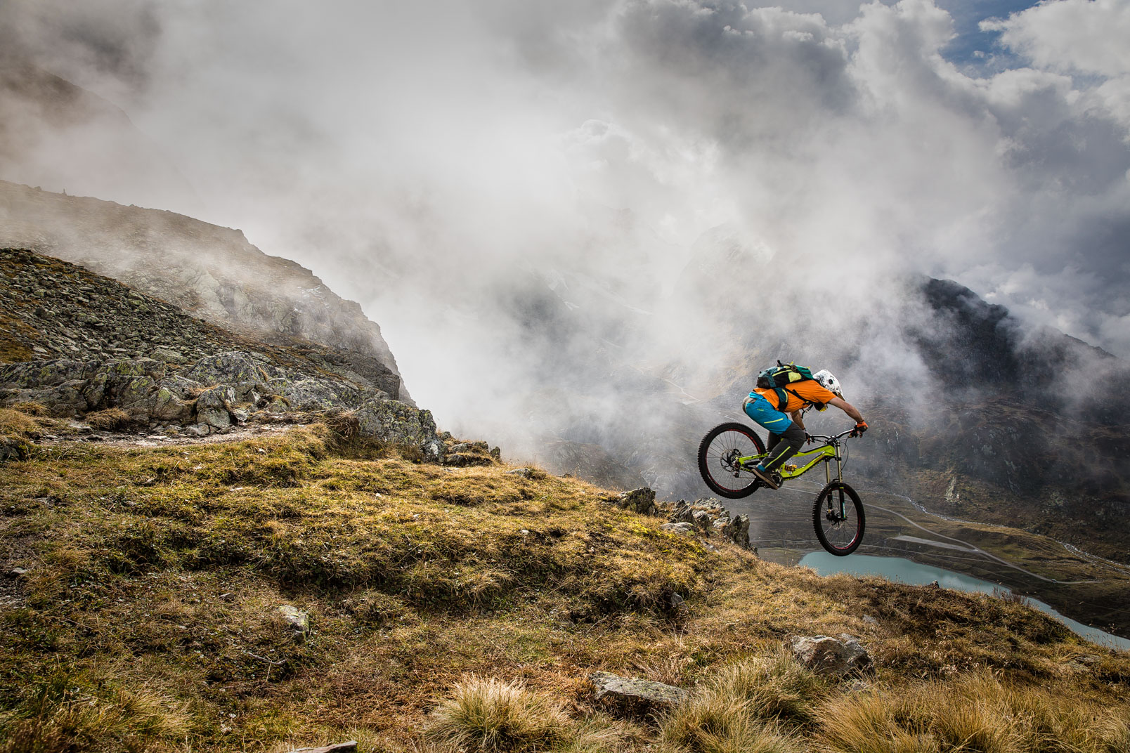 Downhill MTB | Stefan Kuerzi - Adventure Photography