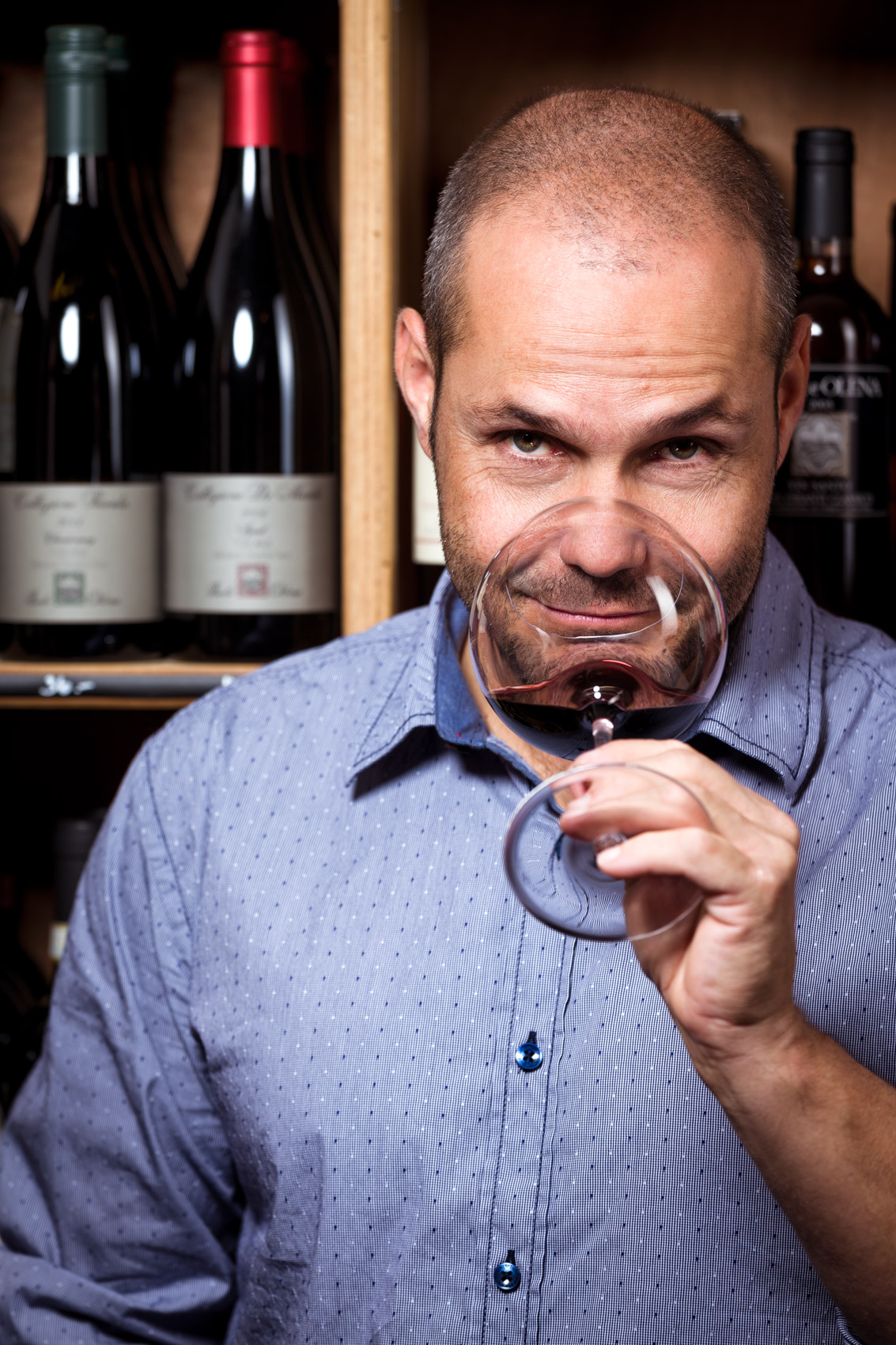 Wine Tasting | Stefan Kuerzi Portrait Photography